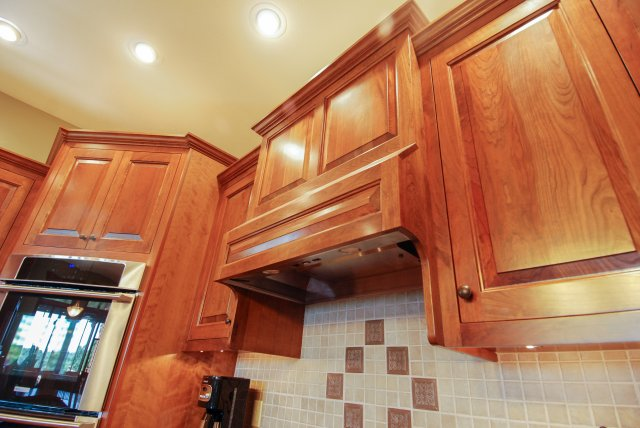 Cabinets 100 Traditional Raised Panel Cherry Kitchen